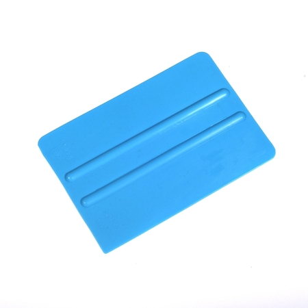 Small plastic squeegee  - BASIC